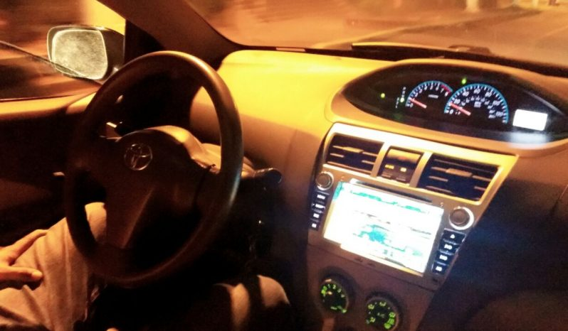 """Toyota Yaris 2011 ubicado en Managua Vendo Toyota Yaris 2011 nítido, bien cuidado.. muy económico en consumo de combustible.. con muchas mejoras como: focos HD Bi Xenon con proyector ojos de ángel. Radio con pantalla táctil de 6"""" , GPS. Asientos con forros seminuevos. Rines de Aluminio con acabado negro mate . Bluetooth · Cierre Central, DVD Player. Lámparas de Neblina. Gato Hidráulico. Vidrios Ahumados. $8400 NEG. cel: 8686-6460"""